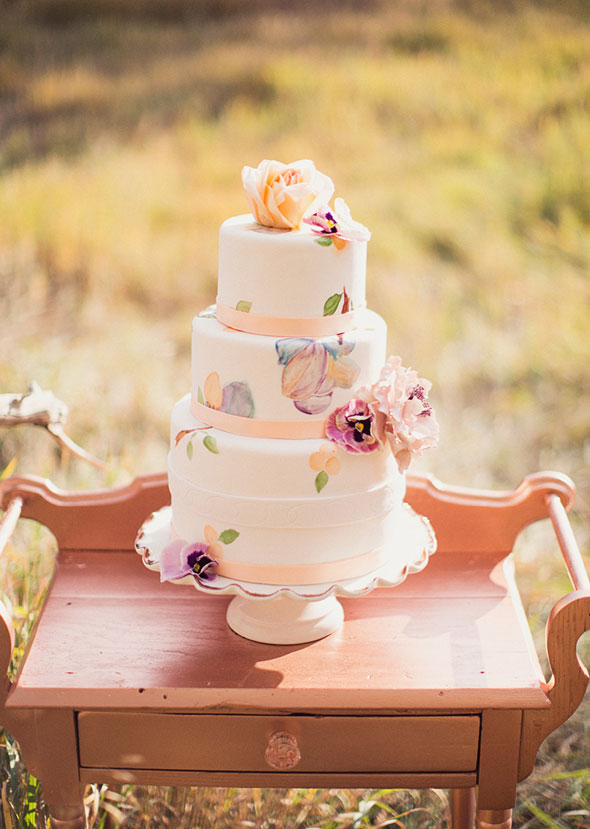 Utah fall wedding cake inspiration