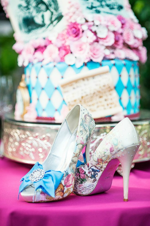 alice in wonderland themed bride shoes at wedding in utah