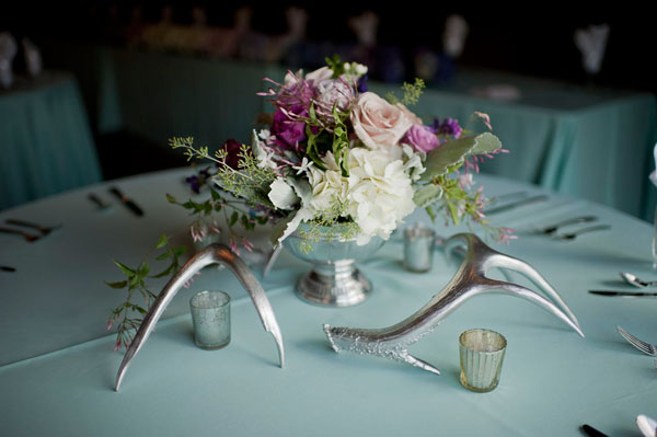 plum ombre centerpieces with silver antlers for wedding- photo by amy cloud
