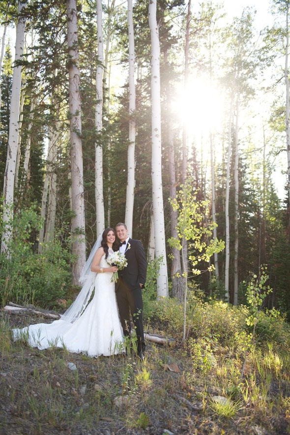 lace wedding dress for park city summer wedding- photo by dezember