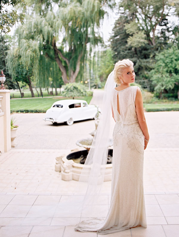jenny packham wedding gown from alta moda bridal boutique in utah- photo by britt chudleigh